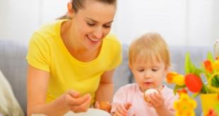 13-1436790225-baby-eating-nonveg