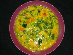 11-1433995848-moong-dal-with-spinach